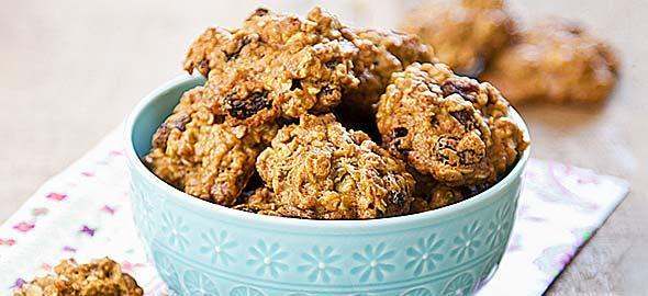 Biscuits with tahini, honey and oats