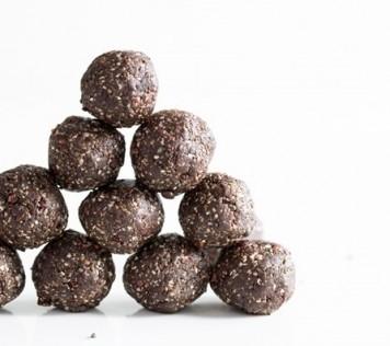 Σοκολατένιες μπουκιές Ενέργειας με Chia