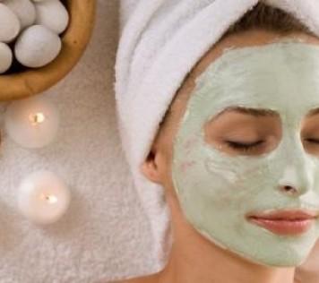 Μάσκες προσώπου με πράσινη άργιλο για αποτοξίνωση και σύσφιξη