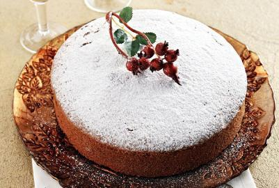 Healthy cake with cranberries