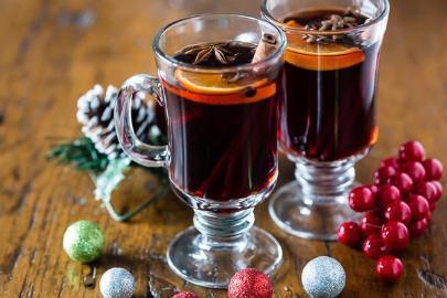 Ζεστό κρασί με μπαχαρικά – Το ποτό των εορτών